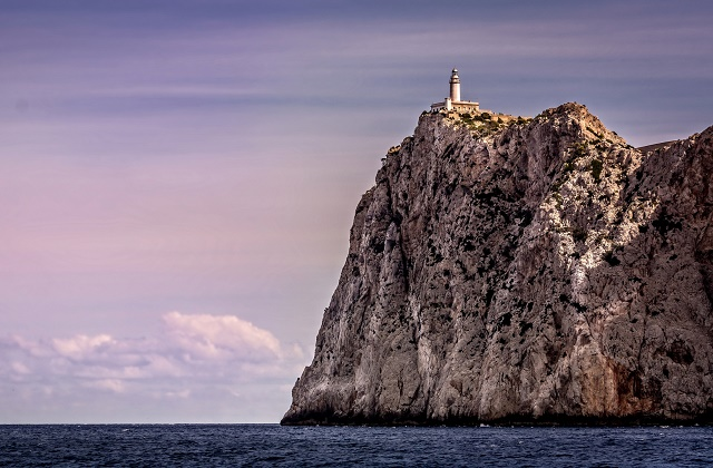 Club MAC Cap Formentor Lighthouse