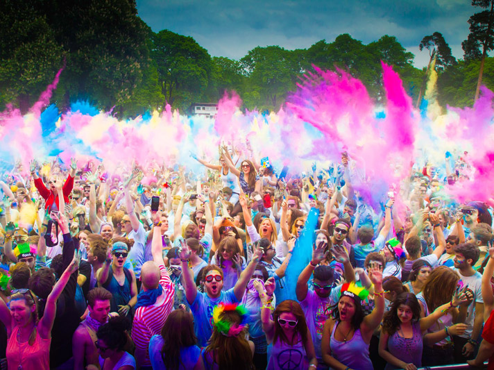 Club MAC will celebrate the Holi Festival